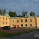 Усадьба Марьино Тосненский район Ленинградская область, дворец со стороны парка