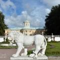 Усадьба Архангельское, скульптура льва
