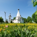 Усадьба Городня Воскресенская церковь