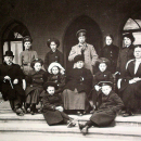 Семья С.И. Сенькова на террасе дома в Вязниках (архивное фото)