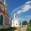 Можайск. Вид на церковь Иоакима и Анны XIV-XVIII вв.