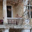 Заброшенный пансионат Полушкино, лоджия типового номера