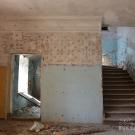 Усадьба Дёгтево, фрагмент интерьера главного дома с лестницей