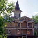 Главный дом усадьбы Райки