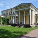 Усадьба Сергиевка, четырехколонный портик