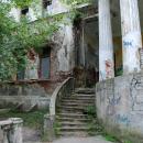 Дача Севрюгова в Кинешме, лестница главного дома со стороны реки