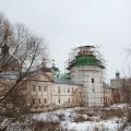 Николо-Пешношский монастырь, больница с церковью Дмитрия Ростовского