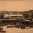 Вид на усадебный дом в Монрепо