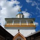 Успенский Псково-Печерский монастырь, Петровская башня со Святыми воротами