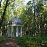Усадьба Степановское-Волосово, беседка в парке