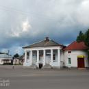 Торопец, дом с портиком на базарной площади