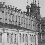 Царское Село. Дворцовая церковь со стороны двора