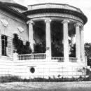 Ротонда паркового фасада главного дома в усадьбе Ахтырка. 1900-е гг.