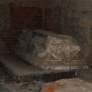 Усадьба Алексино, церковь Михаила Архангела, родовой склеп