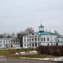 Главный дом усадьбы Карабиха