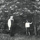 Усадьба Митино, владельцы в парке