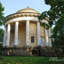 Усадьба Никольское-Черенчицы, храм-усыпальница Воскресения Господня