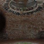 Усадьба Никольское-Черенчицы, интерьер погреба-пирамиды