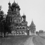 Усадьба Останкино, храм Троицы Живоначальной