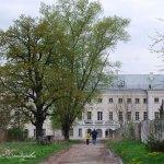Усадьба Полотняный завод, вид на дворец и центральный вход