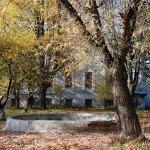 Усадьба Рай - Семеновское, вид на главный дом с параного двора