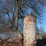 Усадьба Васильевское Герценых, башня церковной ограды