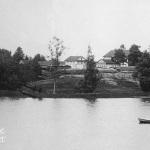 Усадьба Владимировка. Вид на имение от р. Кемзы. Фото 1903г. Из архива М.Г. Рогозиной