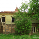Деревянный дом в усадьбе Вотря