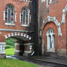 Усадьба Шереметевых в Юрино, дворик между переходами в служебный корпус