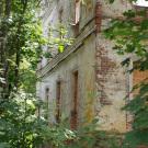 Усадьба Яковлево, руины церковного здания