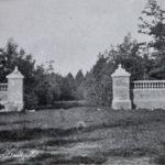 Усадьба Изварино, въезд в имение, архивное фото