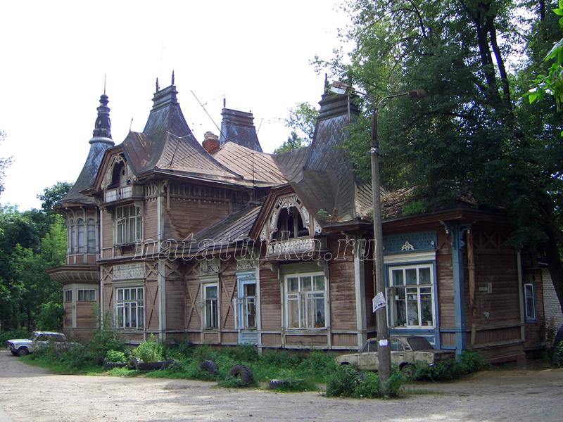 Дом управляющего К.Е. Ценкер в усадьбе Лапино, фото 2004 г.