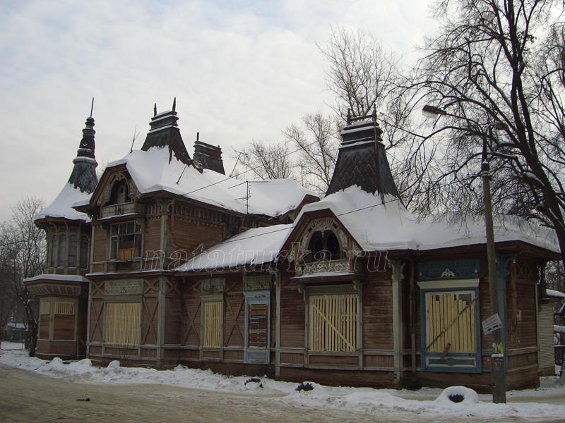 Дом управляющего К.Е. Ценкер в усадьбе Лапино, фото 2006 г.