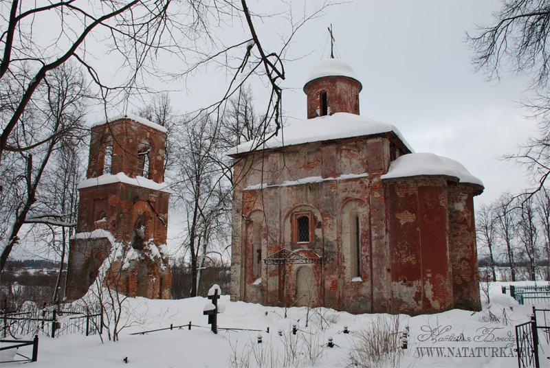 Церковь Рождества Христова в бывшей усадьбе Юркино