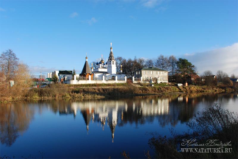 Усадьба Сидоровское, Никольская церковь