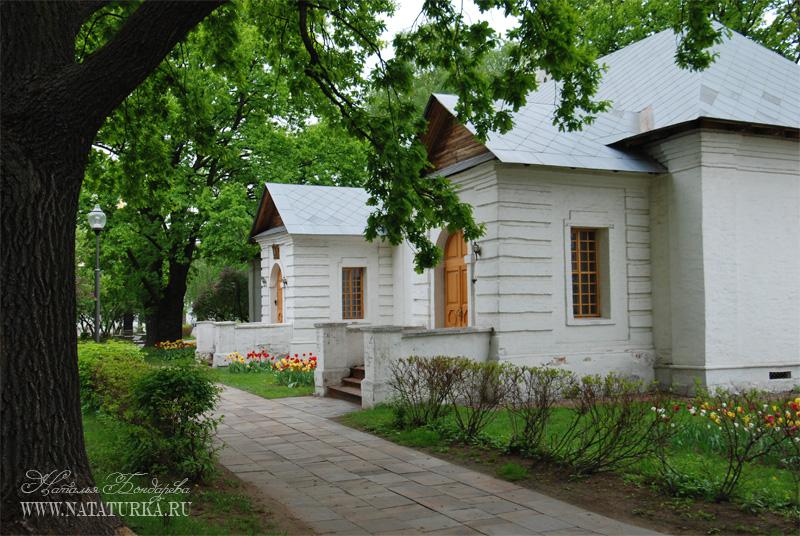 Новодевичий монастырь, певческие палаты