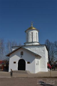 Никольская церковь в Каменском