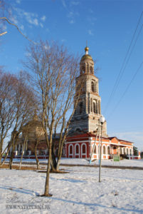 Ильинский погост. Воскресенская церковь