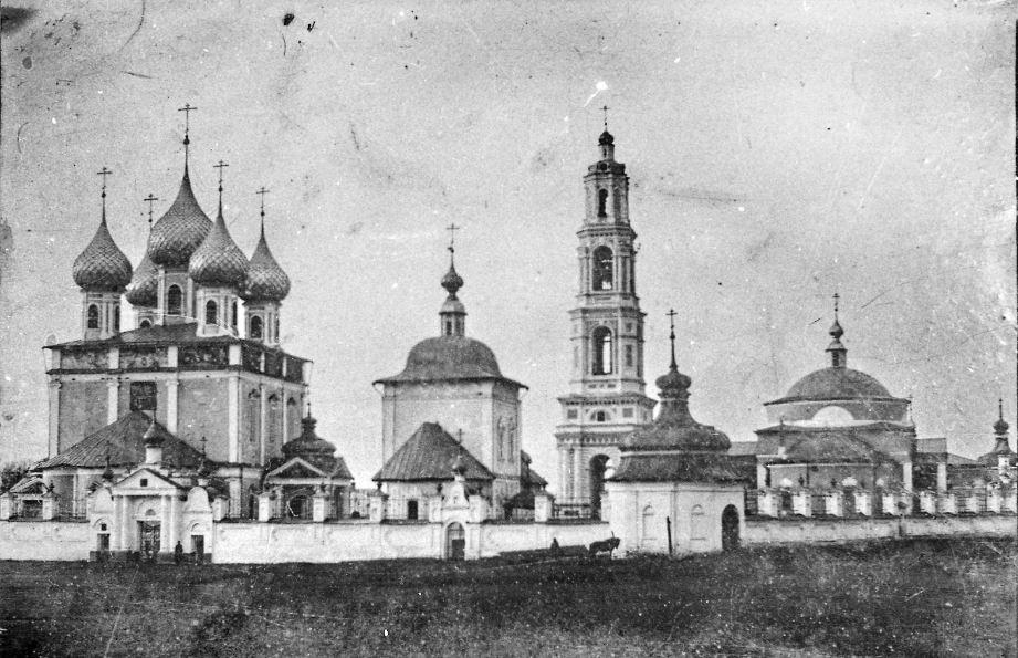 Васильевское. Храмовый комплекс