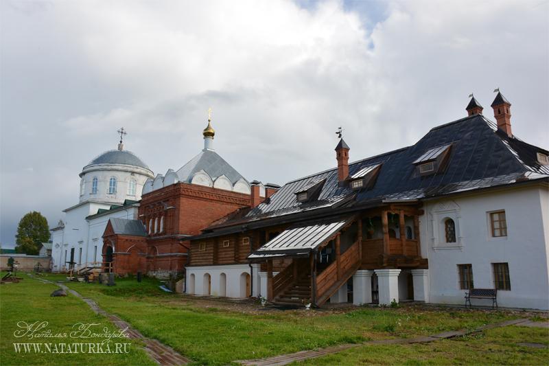 Кашин. Клобуков монастырь