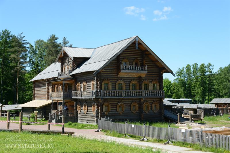 Усадьба Богословка, дом крестьянина Е. Костина