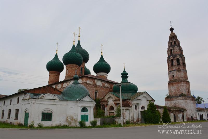 Великосельский ансамбль церквей Рождества и Покрова Пресвятой Богородицы